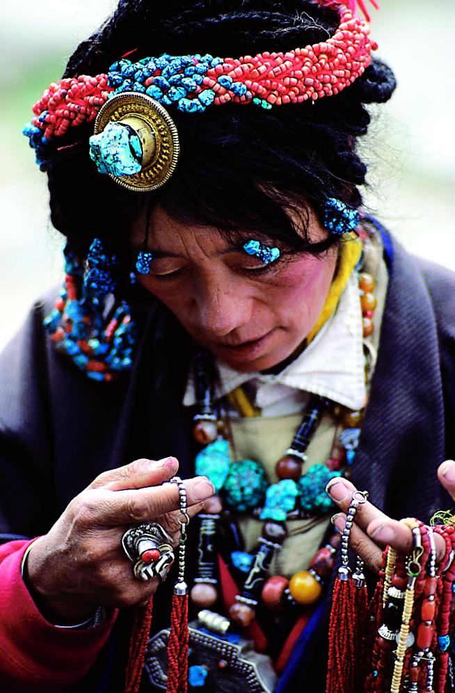 002 Tibet_Woman-original Credit Richard I'Anson