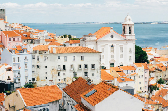 lisbon-portugal-tom-by_fmt-jpeg